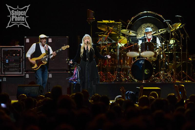 Fleetwood Mac at Yum Center - Sniper Photo-4.jpg