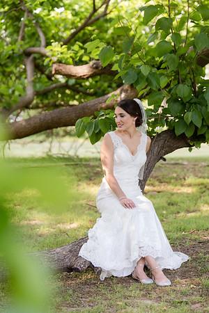 Corinne | Elegant Bridal Portraits at The Oaks at Salem