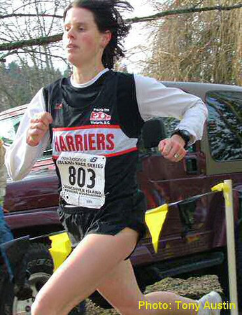 2004 Mill Bay 10K - Meghan Day was 2nd to Lucy Smith