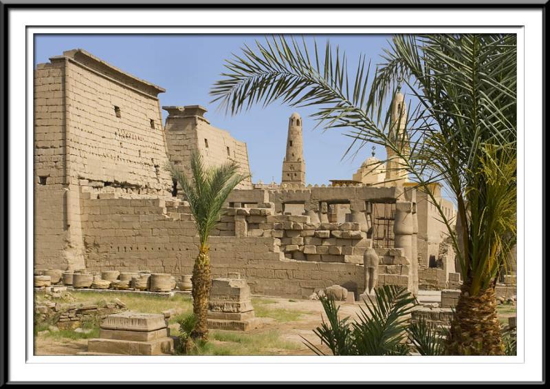 temple (55687658).jpg