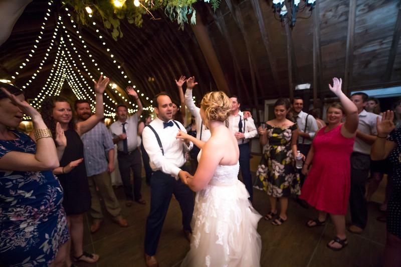 Garrett & Lisa Wedding (855).jpg