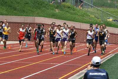 D1 Boys' 1600 Meter Final - 2014 MHSAA LP T&F Finals