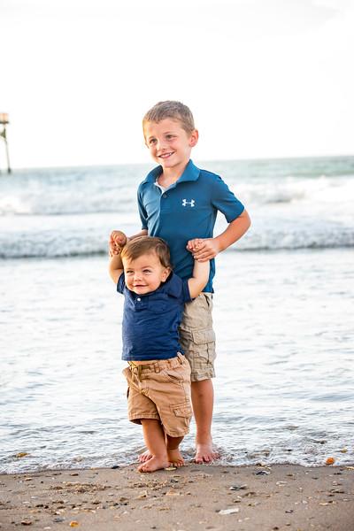 Family beach photos-134.jpg