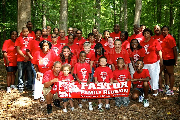 Pastor Reunion - Newport News Event Photographer