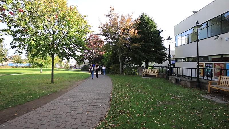 campus-green0011.MOV