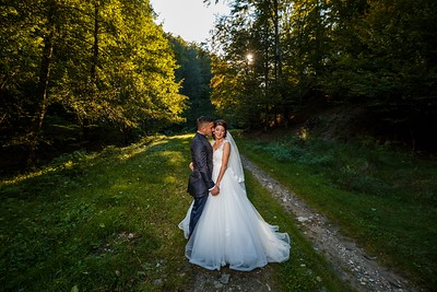 Adrian si Mihaela - Trash the dress