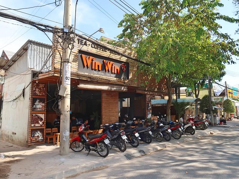 IMG_4981-win-win-cafe.jpg