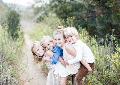 Childrens/Siblings Portrait Session for Holiday Cards in La Jolla - Fall 2018