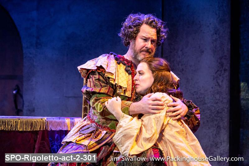 SPO-Rigoletto-act-2-301.jpg