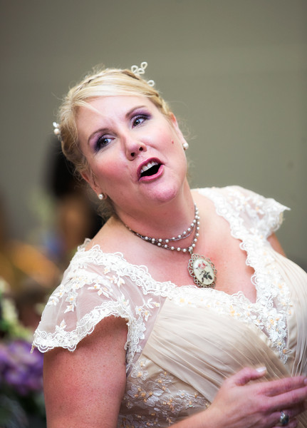 Bride yelling out to guest.jpg