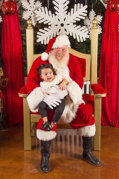 Santa 12-16-17-446.jpg