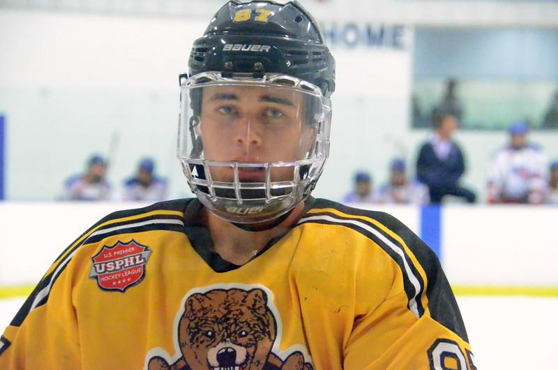 171007 Junior Bruins Hockey-148.JPG