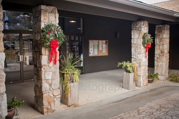 Wreaths At Sycamore 12-04-12