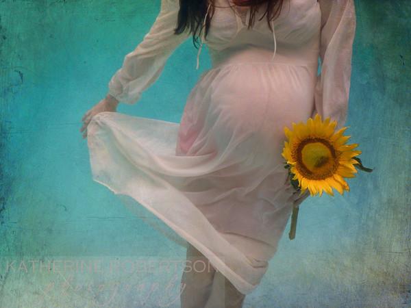 Maternity Underwater