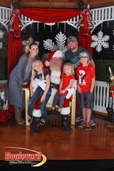 Santa 12-17-16-425.jpg