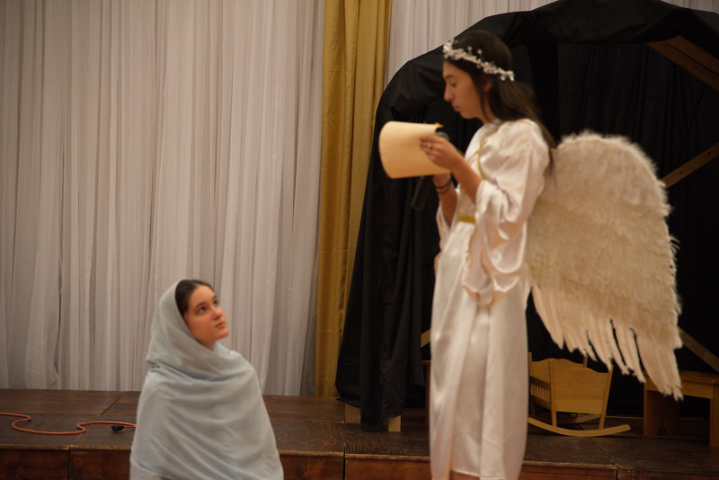2018-12-16-Christmas-Pageant_310.jpg