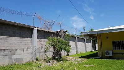 YS1YS El Salvador antenna damged
