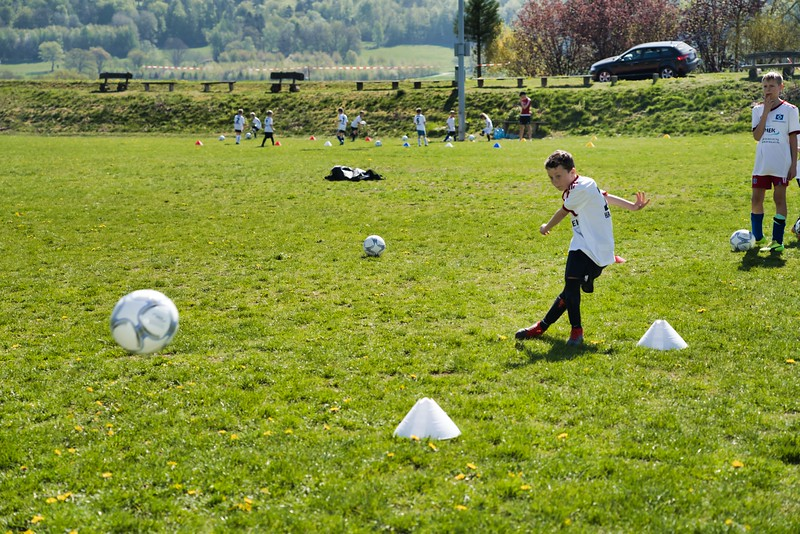 hsv-fussballschule---wochendendcamp-hannm-am-22-und-23042019-y-43_46814448765_o.jpg