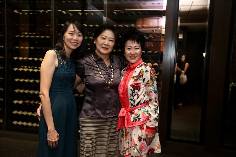 VividSnaps-Anne-Wong's-70th-Birthday-WO-Border-28031.JPG
