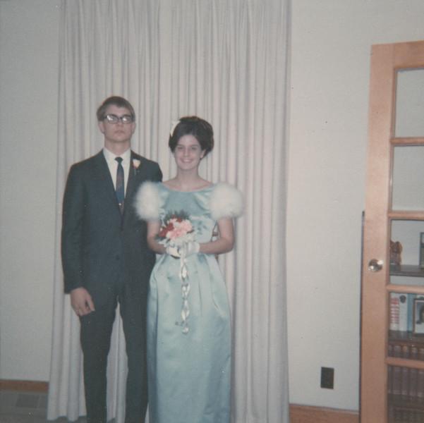 Nick Hiller & Jane Sullivan - December 1968.jpg
