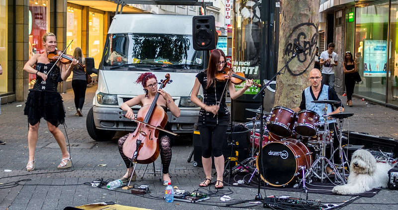 Street musicians in Cologne