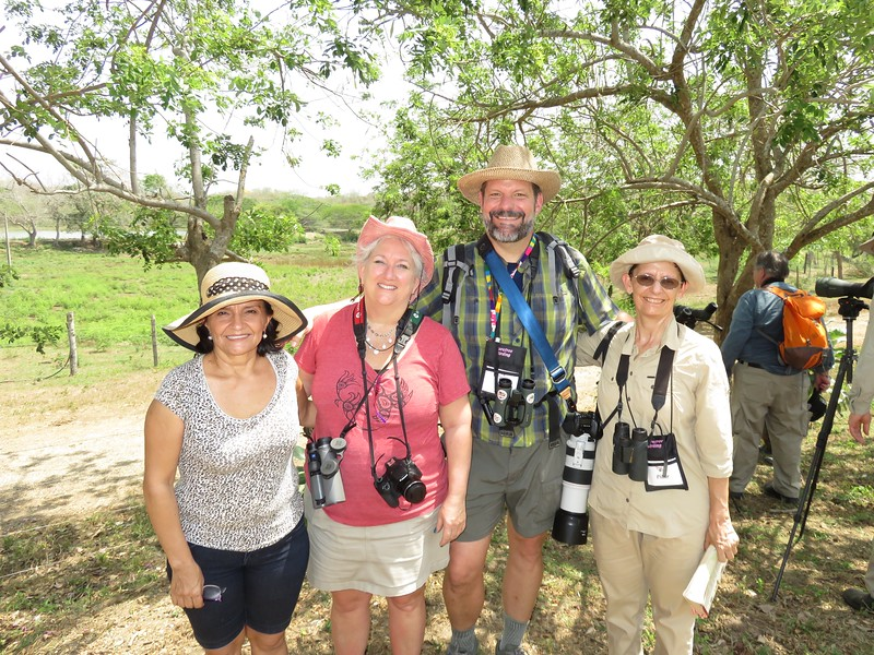 Vickie, Liz, Jeff & Pilar Cartagena