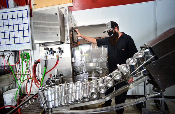 New canning line at Whetstone Craft Beers - 082820