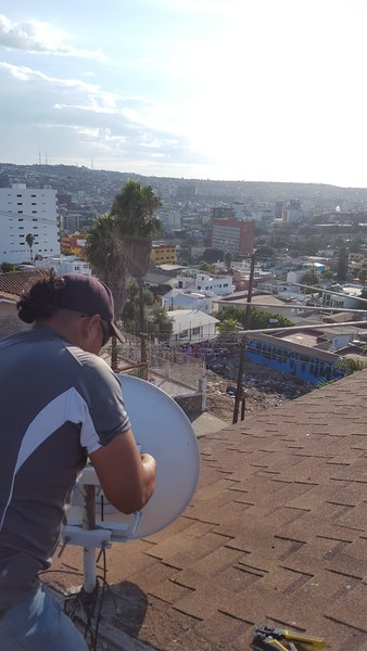 Install of new 5 ghz link for Dr. in TJ with local WiFi