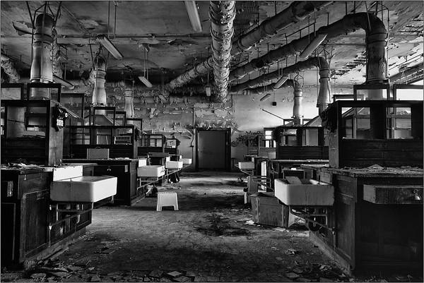 l'Université L - revisit chemical lab