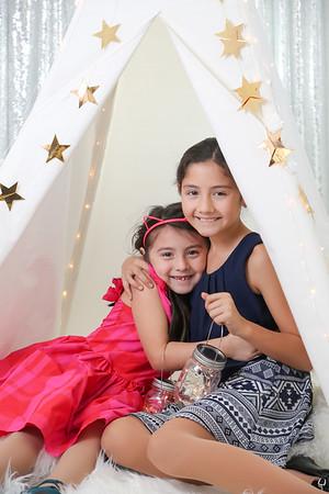 Sofia & Isabel