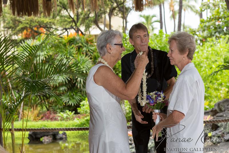 030__Hawaii_Destination_Wedding_Photographer_Ranae_Keane_www.EmotionGalleries.com__141018.jpg