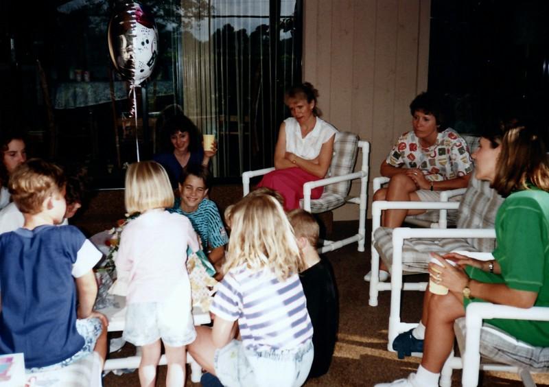 1991_Spring_Orlando_Amelia_birthday_some_TN_0014_a.jpg
