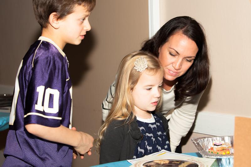 Woodget-131203-056--auction, charity - 14002000, children - 14024001, events - social, fundraiser, Montessori, school, Seattle.jpg
