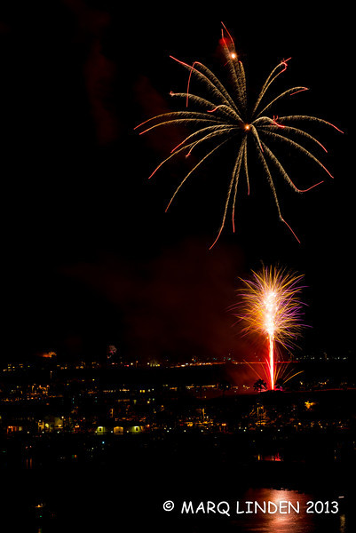 Newport Dunes Fireworks 07042013-076.jpg