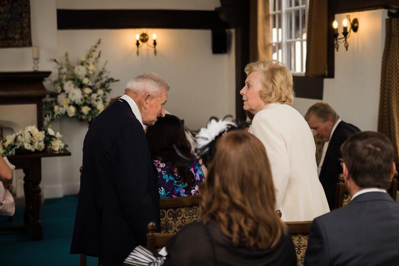 Mayor_wedding_ben_savell_photography_bishops_stortford_registry_office-0007.jpg