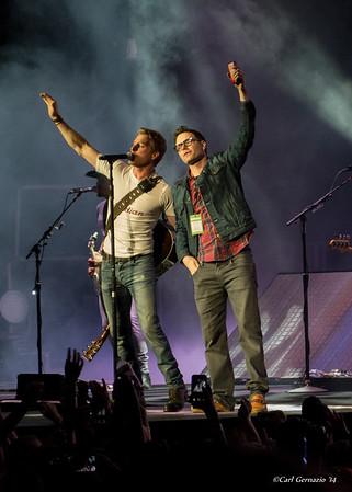 WMZQ Fest/Dierks Bentley's Riser Tour Concert