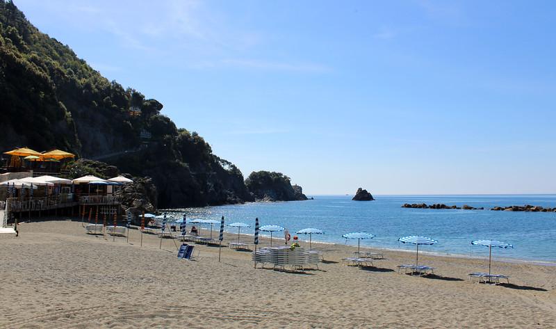 Italy-Cinque-Terre-Monterosso-Al-Mare-14.JPG