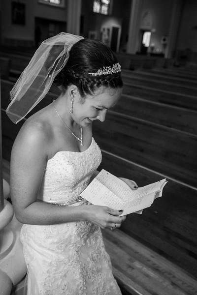 Jennie & EJ Wedding_00173-BW.jpg