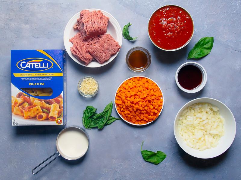 rigatoni bolognese ingredients hor.jpg