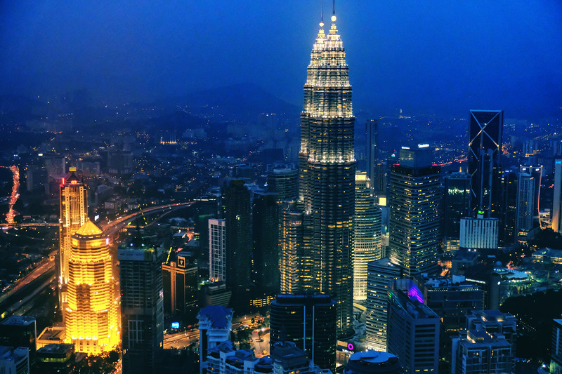 petronas-towers-night.jpg