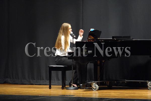10-18-16 NEWS Defiance HS Choir Concert
