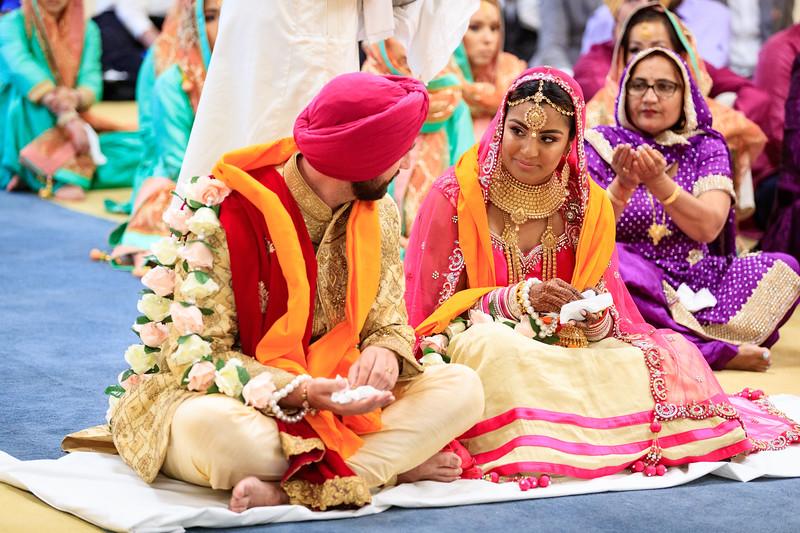 Neelam_and_Matt_Gurdwara_Wedding-1472.jpg