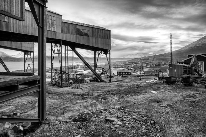 8-28-16169570 Longyearbyenx Svalbard.jpg