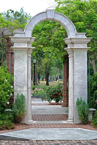 "WPP1315  ""Gateway to Rose Garden"""