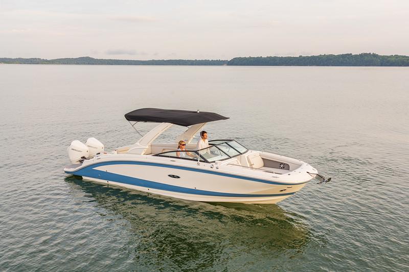 2021-SDX-290-Outboard-SDO290-starboard-bow-three-quarter-05739.jpg