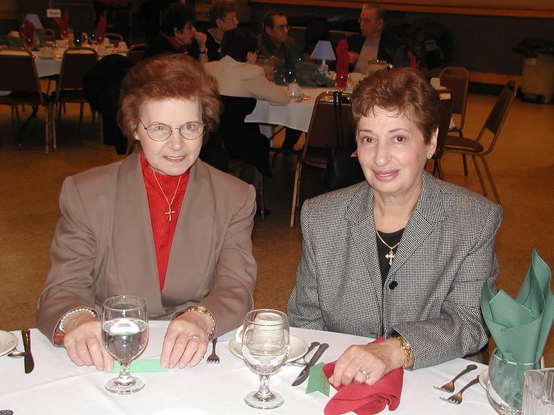 2002-12-12-Philoptochos-Senior-Citizens-Luncheon_017.jpg