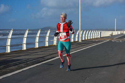 Run 4 All Neath Santa Dash 2019 - Last Lap