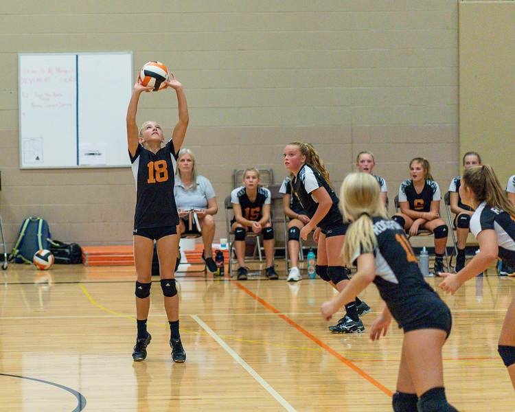 NRMS vs ERMS 8th Grade Volleyball 9.18.19-4996.jpg