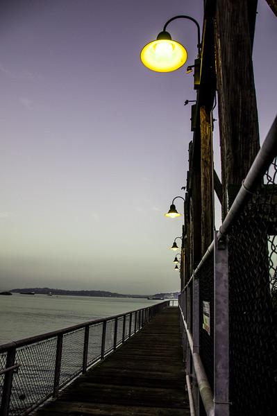 2014.10.05 - Sunrise...dock at Jack Block park in Alki