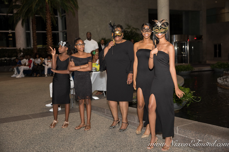 SinCity16Masqurade-52.jpg